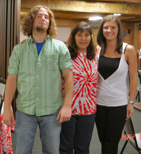 2006_scholarship_ashton_doty_debbie_theriot_micah_distefano-reduced.jpg
